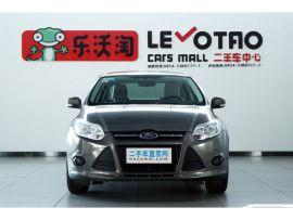 福特 福克斯三厢 2012 款 1.6L 自动 舒适型
