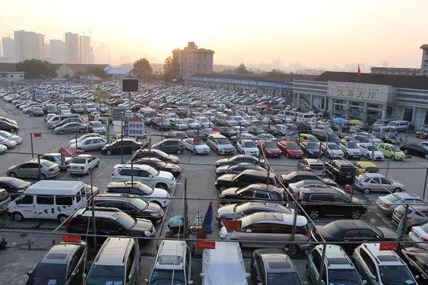 中部最大的二手车市场关停后,二手车商家们该何去何从?