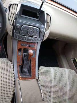 呼和浩特二手别克 君越 2011款 2.4L eAssist 雅致版